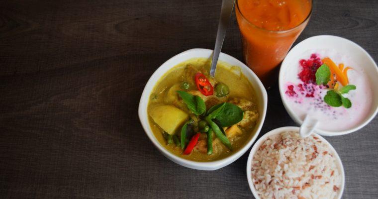 Cafe Scouting: Kon Rak Pak (NOW Veggielicious Thai)